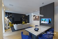 HENRI chic showroom uses Crestron technology