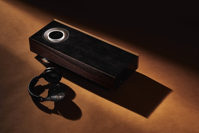 _Focal Radiance And Naim Mu -so For Bentley Studio